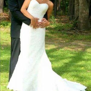 Gorgeous David's Bridal Wedding Dress!